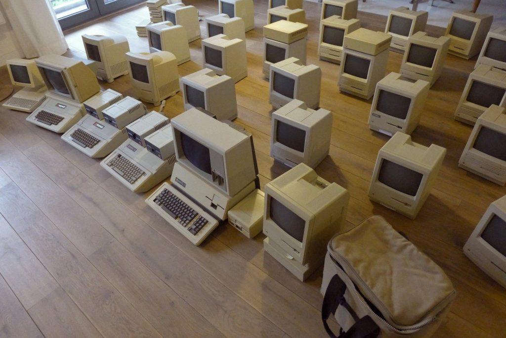 Lot de 32 Macs sur eBay