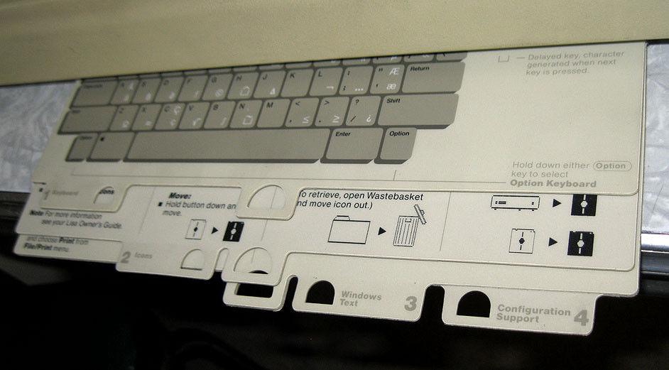 Un Lisa sur eBay : les fiches du clavier