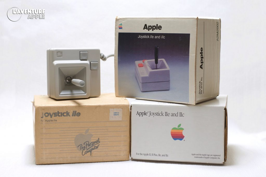 Apple A2M2002 et A2M2012 joystick for Apple IIc IIe