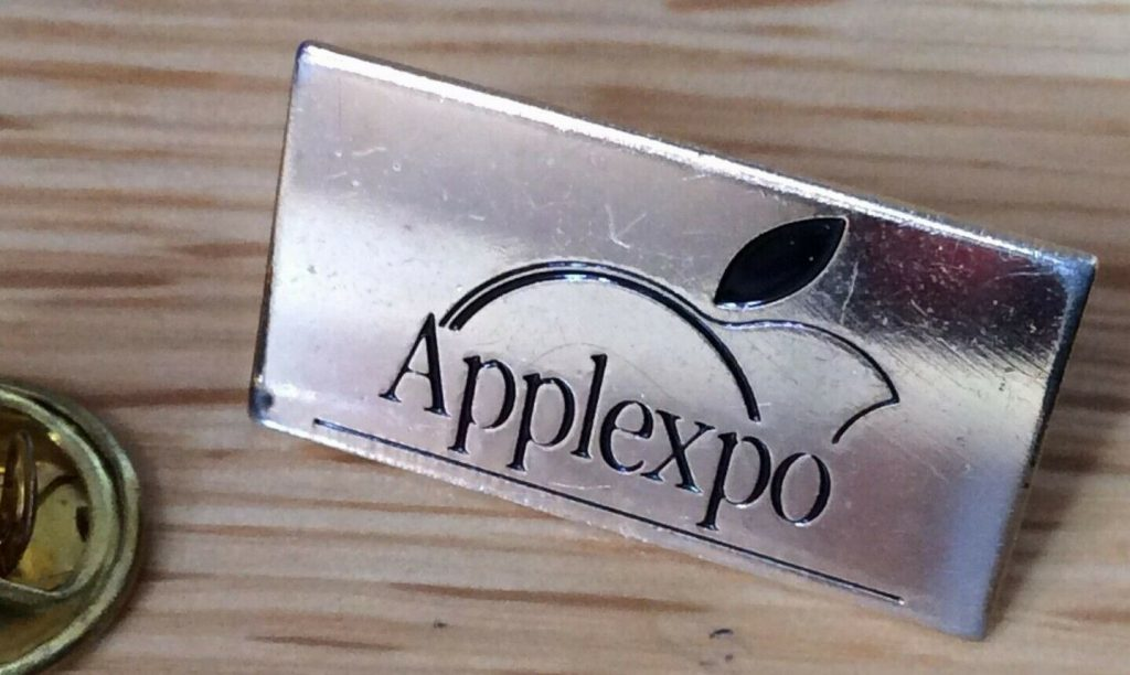 Pin's Apple Expo