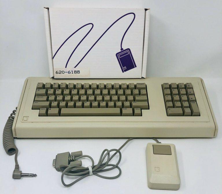 Macintosh XL mouse box, Lisa keyboard