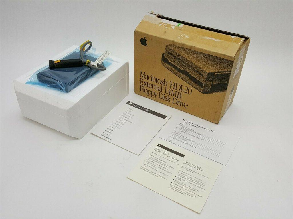 Apple floppy HDI-20