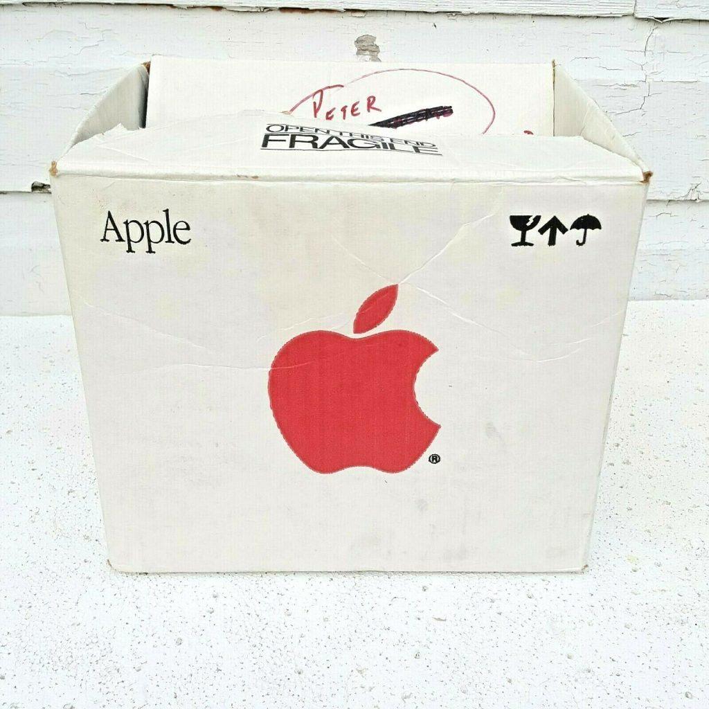 Apple cardbaord box