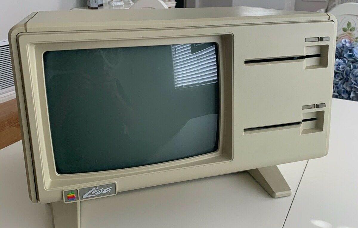 Apple Lisa on eBay - Twiggy drive !