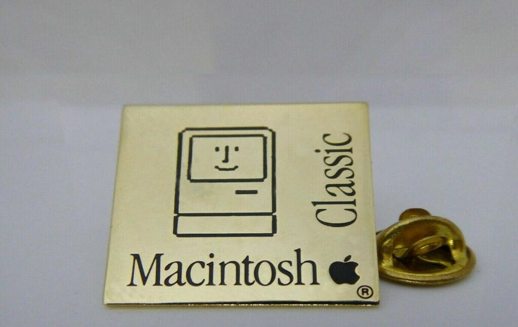 Pin's Apple Macintosh Classic