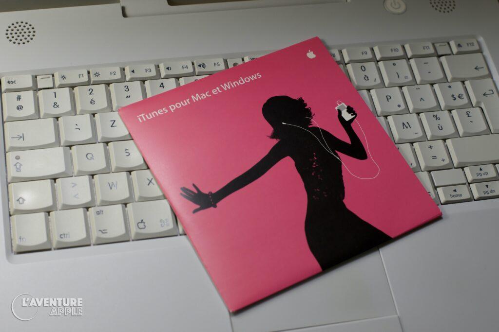 iTunes 4 Mac et Windows CD et Apple iBook G4 2004