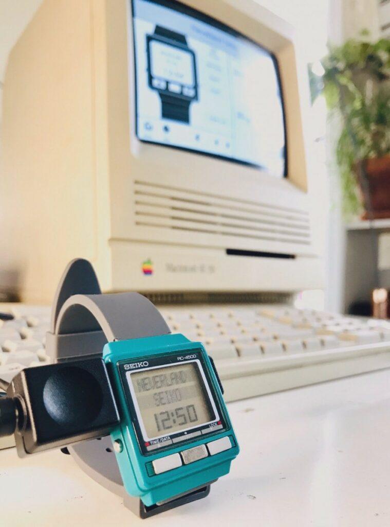 Seiko WristMac sur Macintosh Repository